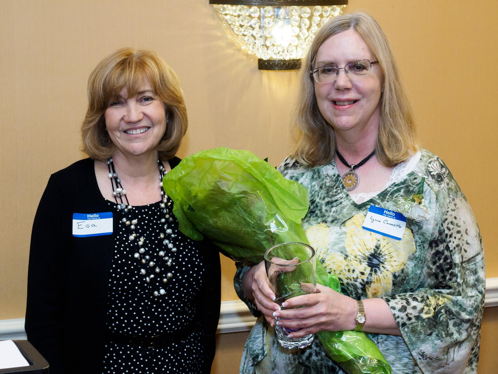 Dr. Lynne Carmickle, Eva Turbiner, Volunteer Recognition, volunteers